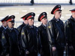 Транспортных полицейских в ЦФО учат стрельбе с помощью лазерных тиров-wpid-15645
