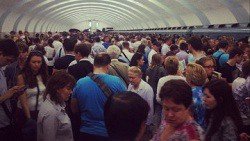 Власти Москвы уверяют в безопасности метро, несмотря на последние ЧП-wpid-365056779